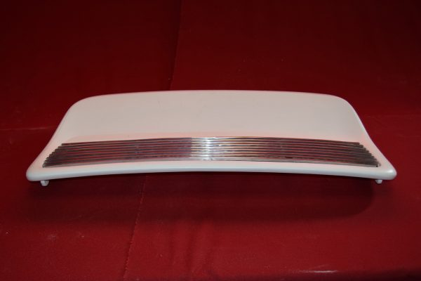 Singer Rear Spoiler with Chrome Grill